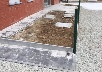 Aanleg terras en tuintje
